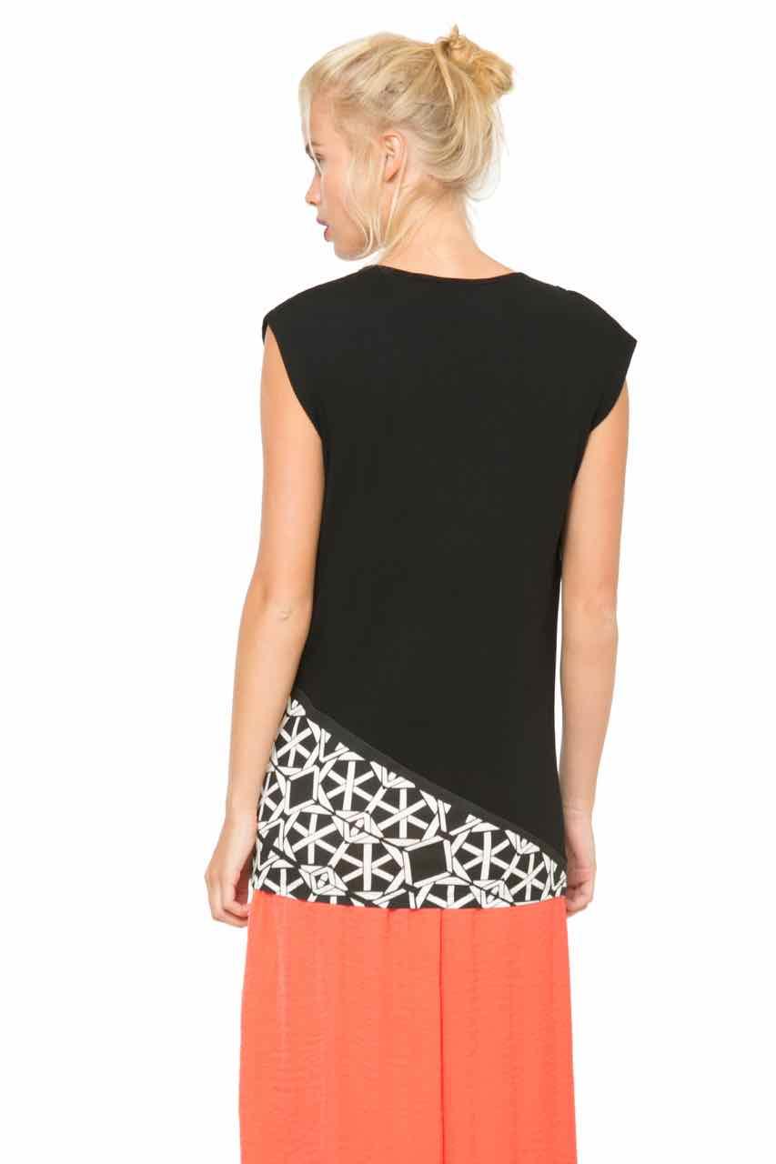 desigual t shirt atomi 61t2lb4 lacroix canada. Black Bedroom Furniture Sets. Home Design Ideas