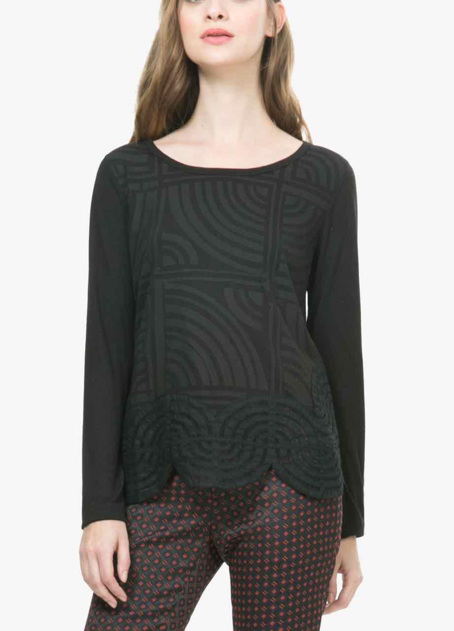 desigual t shirt six 67t2lb4 lacroix black top. Black Bedroom Furniture Sets. Home Design Ideas