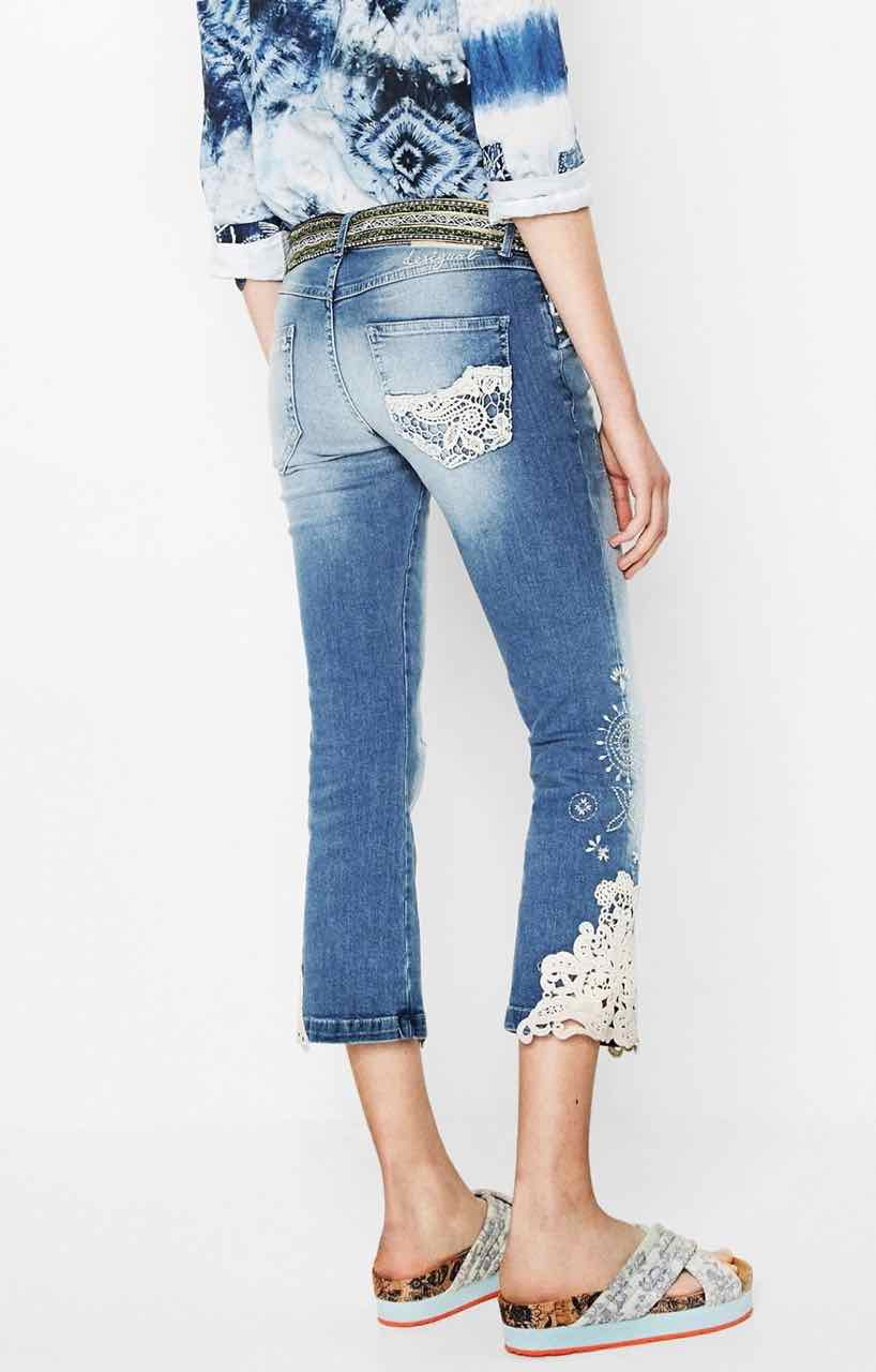 desigual jeans light wash 3 72d2jd5