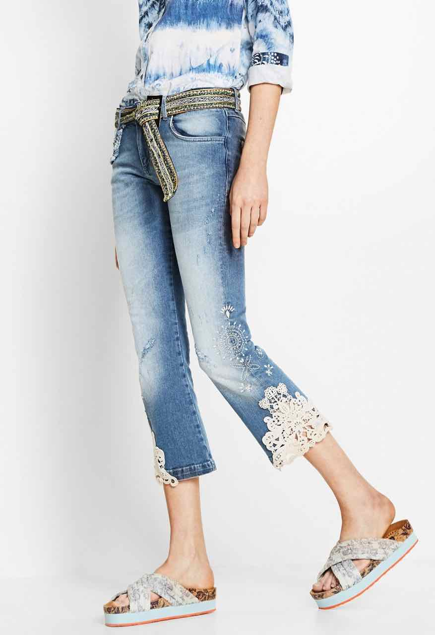 Desigual Jeans Light Wash, Capri