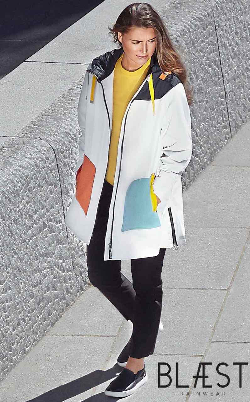 Blaest White Coat with multicolour pockets