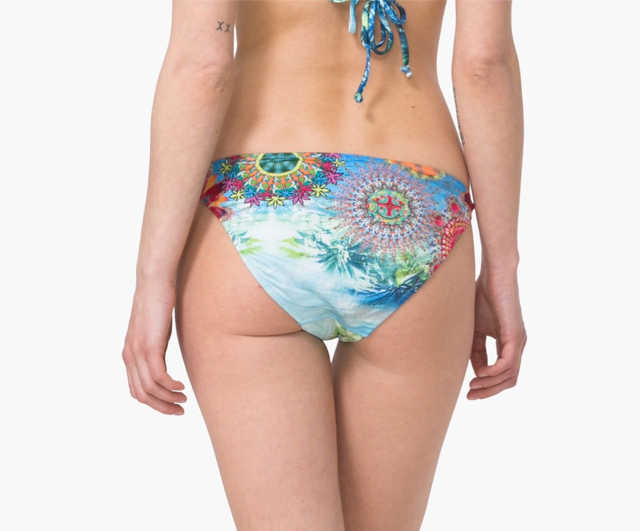 Brazilian Bikini Shop offers exclusive swimwear, bikinis, one piece suites and accessories. We are the destination for beautiful designer swimwear. Swimwear & beach accessories. New! Available sizes. S M L In our online store you will find a wide range of swimwear for every occasion. The pieces are original and unique, they come mainly.
