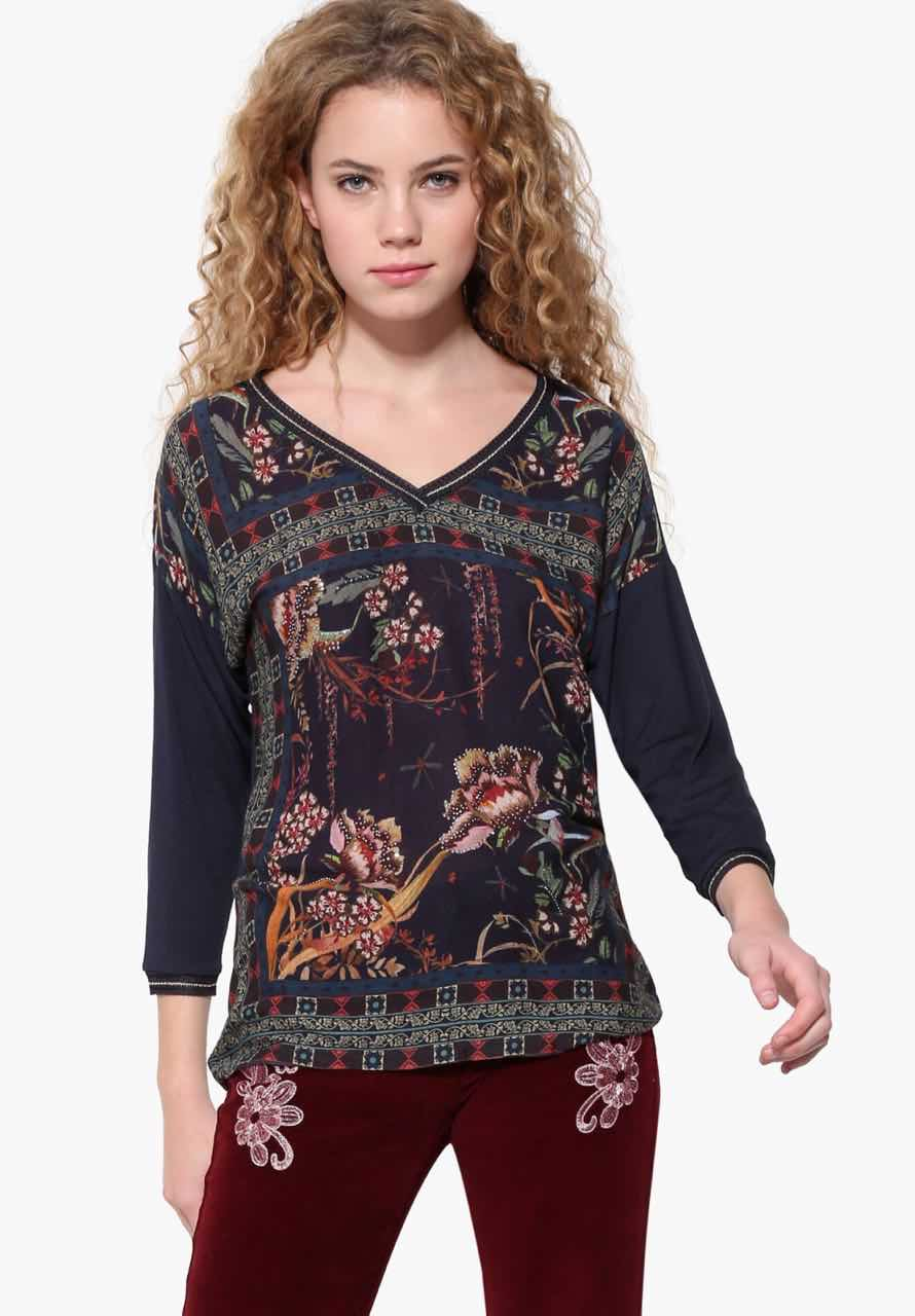 tops & shirts The latest women's tops and shirts — from silk bow blouses and button-downs to tunics, t-shirts and polo shirts designed in rich colors and prints for day and evening, work and weekend.