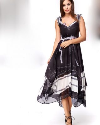 IPNG Black and White Dress